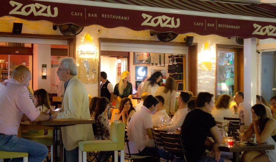Zazu Cafe & Bar & Restaurant
